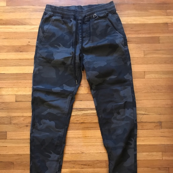 9955e5224dd hyper denim Other - HYPER DENIM BLACK CAMO ZIPPER PANTS